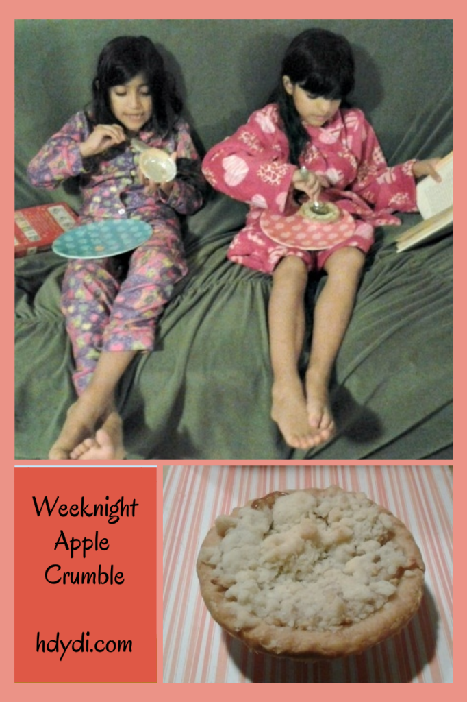 Weeknight apple crumble. A quick solution to fresh apple pie.