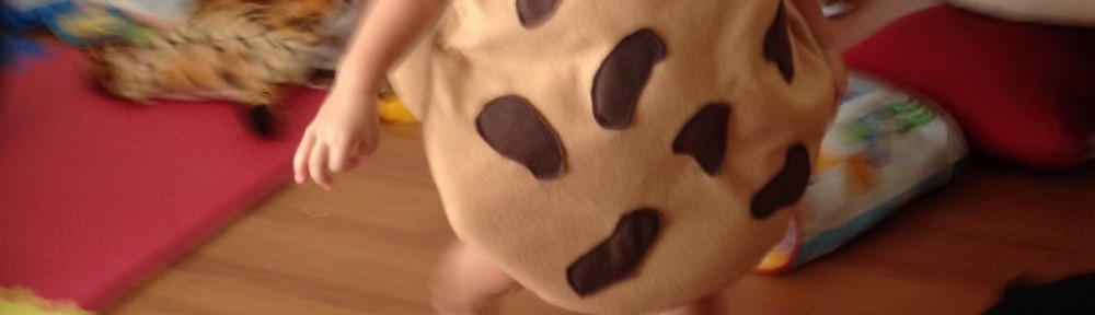 Make-it Monday: Cookie Costumes