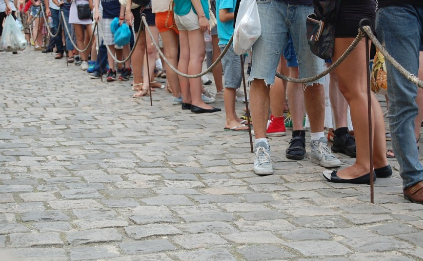 Toddler Thursday: Tips for Waiting Patiently in Line